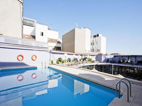 Los mejores hoteles con piscina en madrid milota for Hoteles nh madrid con piscina