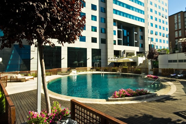 Los mejores hoteles con piscina en madrid milota - Hoteles con piscina climatizada en madrid ...